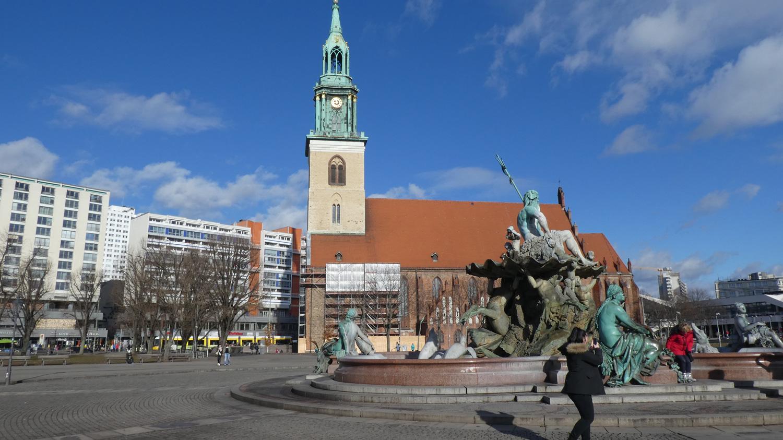 Marienkirche and Neptunbrunnen