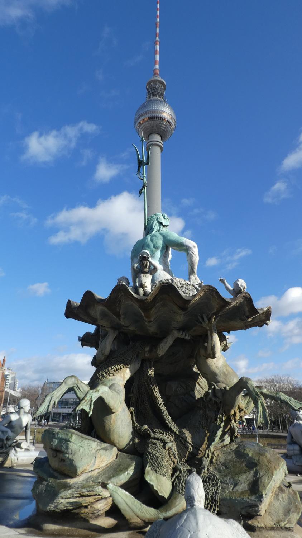 Neptunbrunnen and Fernsehturm